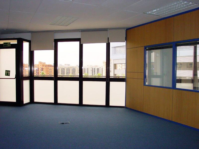 Amplia oficina. Alquiler de oficinas en Edificio Thanworth I en las Tablas. Madrid